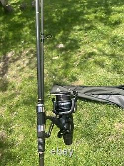 2 carp rods and reels