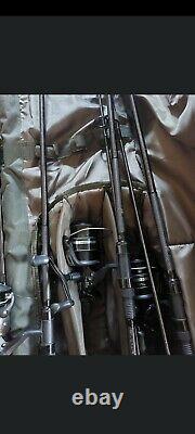3 fox horizon x3 rods. Reels x3 shimano reels x2 10,000 x1 6,000. Rod bag 12ft